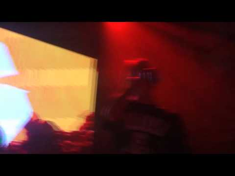 PHARAOH & BOULEVARD DEPO - CHAMPAGNE SQUIRT | (Live)