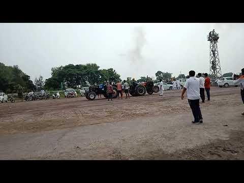 HMT 5911 vs Sonalika Tochan Competition ||Video Club||