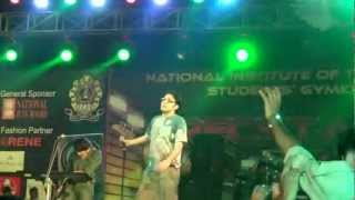 "Anupam Roy live @ Recstasy 2k12 with ""ek baar bol tor keu nei"" song"