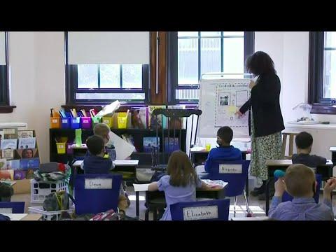 Michigan's top doctor recommendsd school mask mandate
