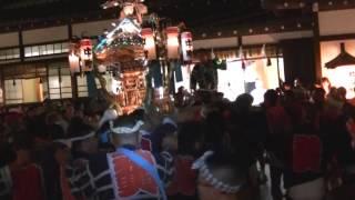 平成25年 世田谷・中町天祖神社例大祭 宮神輿=宮入着輿