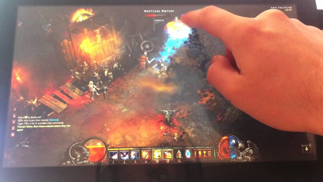 Watch Diablo III Running On A Samsung Windows Tablet