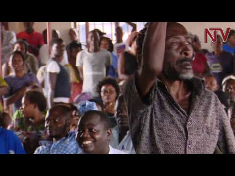 OKUKULAAKULANYA GHETTO: Ab'e Kamwokya Museveni abawadde obukadde 100