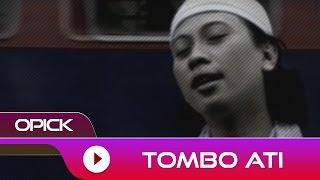 Lirik dan Kunci (Chord) Gitar Lagu 'Tombo Ati' - Opick