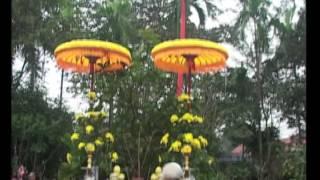 preview picture of video 'Cây nêu ngày Tết - Huế qua những góc nhìn & Ẩm thực Huế (Part 2)'