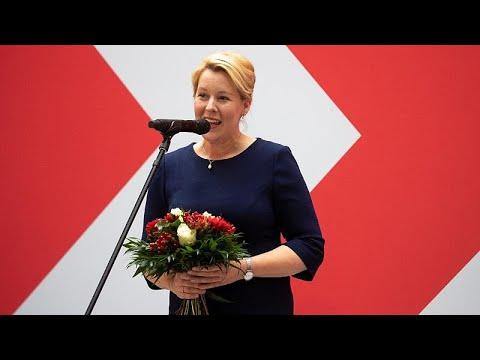 العرب اليوم - الألمانية فرانسيسكا غيفاي أول امرأة تفوز برئاسة بلدية برلين