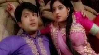 'Diya Aur Baati Hum: Sandhya and Sooraj caught doing romance