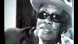 John Lee Hooker & Bonnie Raitt - I'm In The Mood video