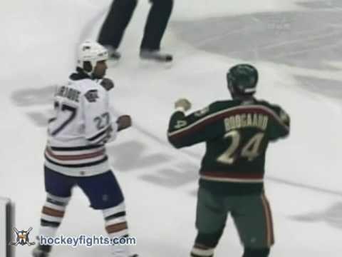 Georges Laraque vs Derek Boogaard