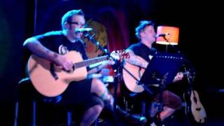 much more beautiful person - Bowling for Soup acoustic 16.04.2010 Manchester