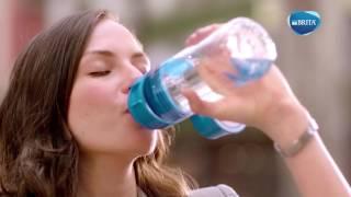 Многоразовая бутылка BRITA fill&go Vita 600 мл.цвет лайм от компании Зеленый магазин Минск - видео 2