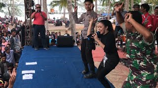 Baby Shima Bergoyang Bersama Polisi Dan Tentera Live Konser Di Belitung Indonesia