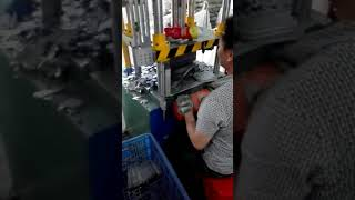 Sheet Hydraulic Die Cutting Press youtube video
