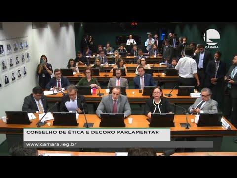 Conselho de Ética vota pareceres de processos contra Filipe Barros e Carla Zambelli - 12/02/20