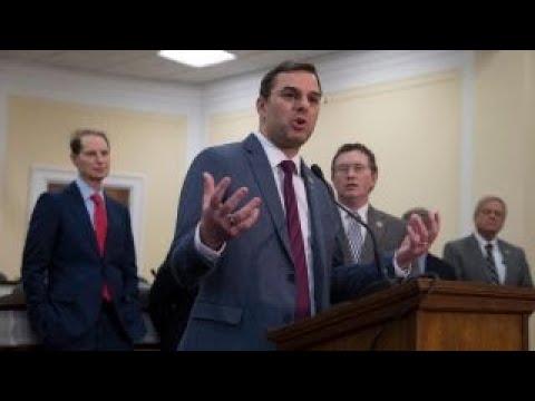 House rejects Amash measure, extends surveillance law