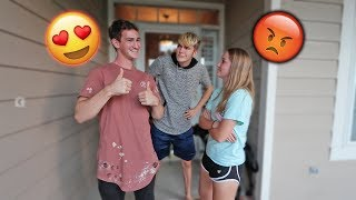 THEIR FIRST DATE!!