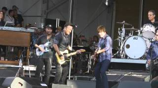 Bruce Springsteen & John Fogerty - Green River (2014)