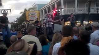 "Tate Stevens performs ""Ordinary Angels"" in Key West"