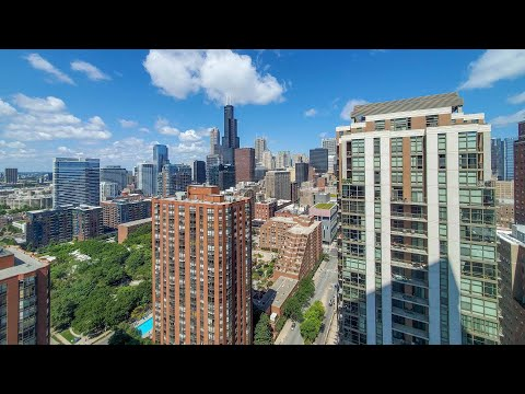 A South Loop one-bedroom C2 / 01 at the amenity-rich 1001 South State