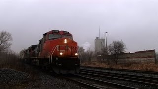 preview picture of video 'CN 2524 at Richmond Hill (12JAN2013)'