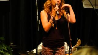 Everly - Girl in the Moon live at Nicholas Sparks Celebrity Family Weekend