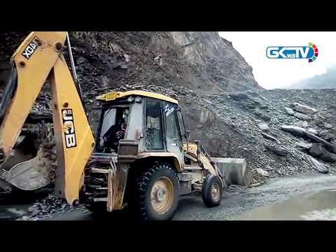 Jammu-Srinagar NH closed due to snowfall, landslides