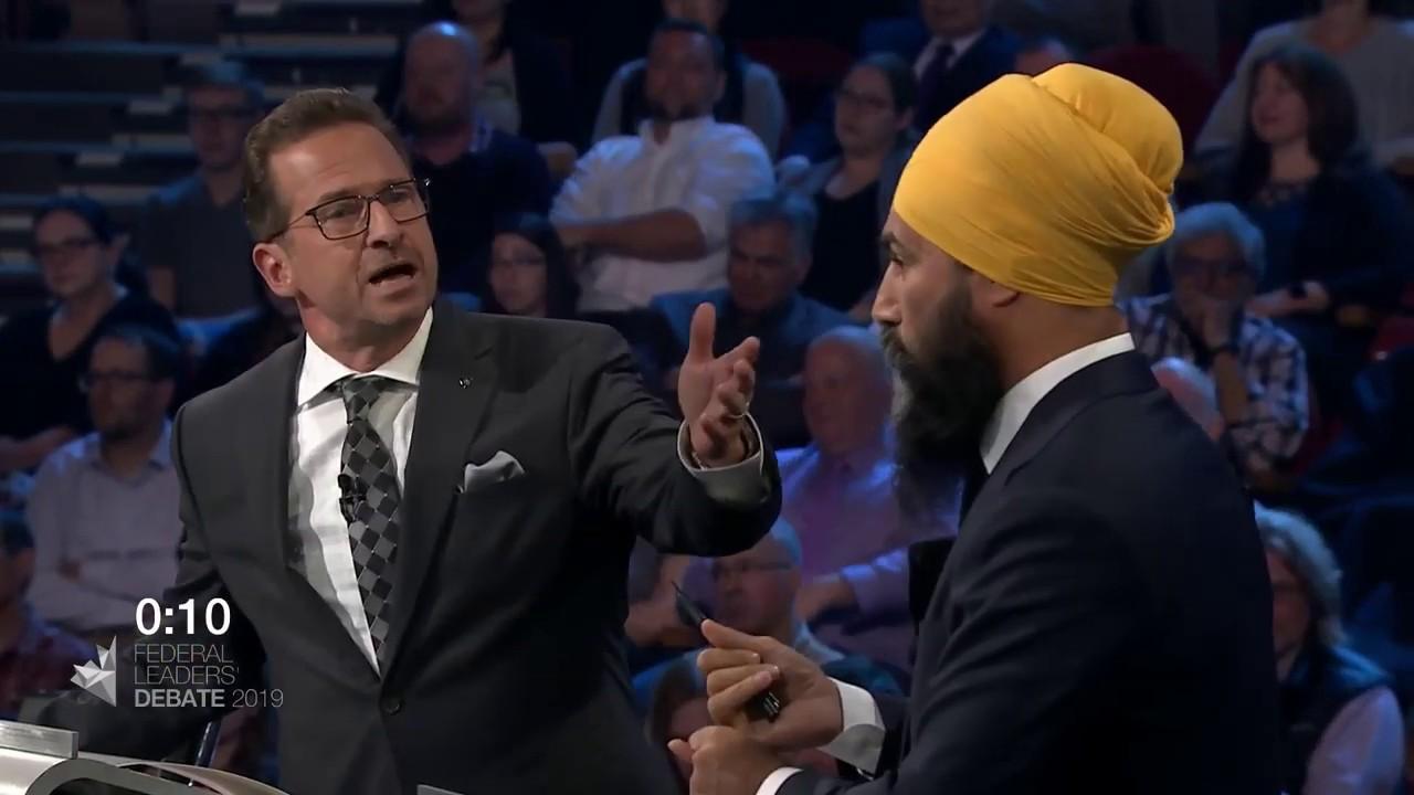 Jagmeet Singh debates Quebec's secularism law with Yves-François Blanchet
