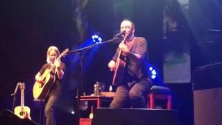 Dave Matthews & Tim Reynolds - Crash into Me (live Groningen 2017)