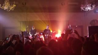 All Time Low - Cinderblock Garden (Live)