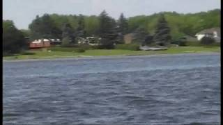 preview picture of video 'TURTLE BOAT : MY TRIP ON THE ST-LAURENT RIVER AT MONTREAL PART 2'