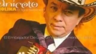 El Gallo Mojado Aniceto Molina