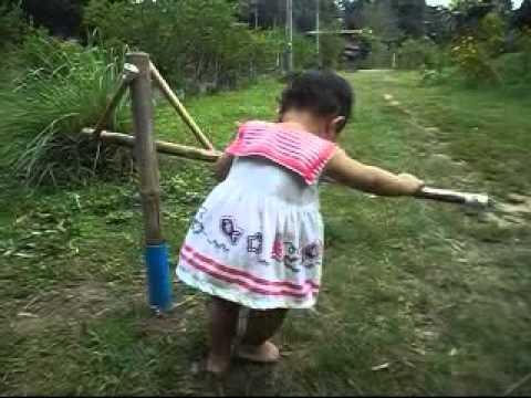 Valgus การเดินเท้าและขาลดลงในเด็ก