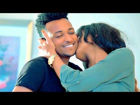 Asegid Eshetu - Nafkeshgnal | ናፍቀሽኛል - New Ethiopian Music 2018 (Official Video)