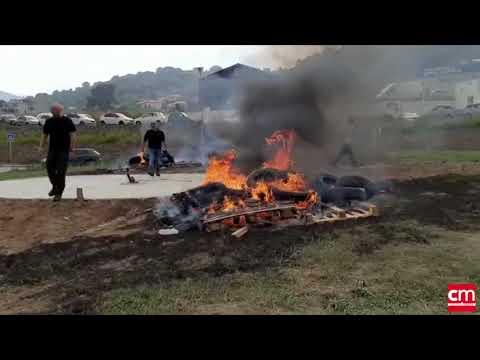 VIDEO. Action des agriculteurs au rond point de Casamozza