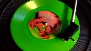 """Alice In Chains - Grind (Green Vinyl, UK Limited Edition, 7"""", 45 RPM, Single, 1995)"""