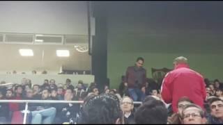 Carlos Bacca presencia el Sevilla-Valencia