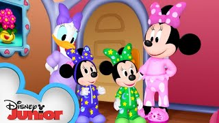 Slumber Party | Minnie's Bow-Toons | Disney Junior