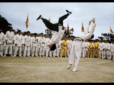Baddest Fight Scenes EVER! - Enter the Dragon - Bruce Lee vs. O'Hara