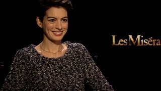 Les Miserables - Interview with Anne Hathaway