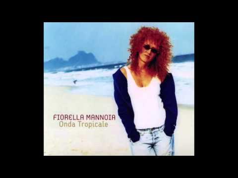 , title : 'Fiorella Mannoia  • A Felicidade •  con Adriana Calcanhotto'