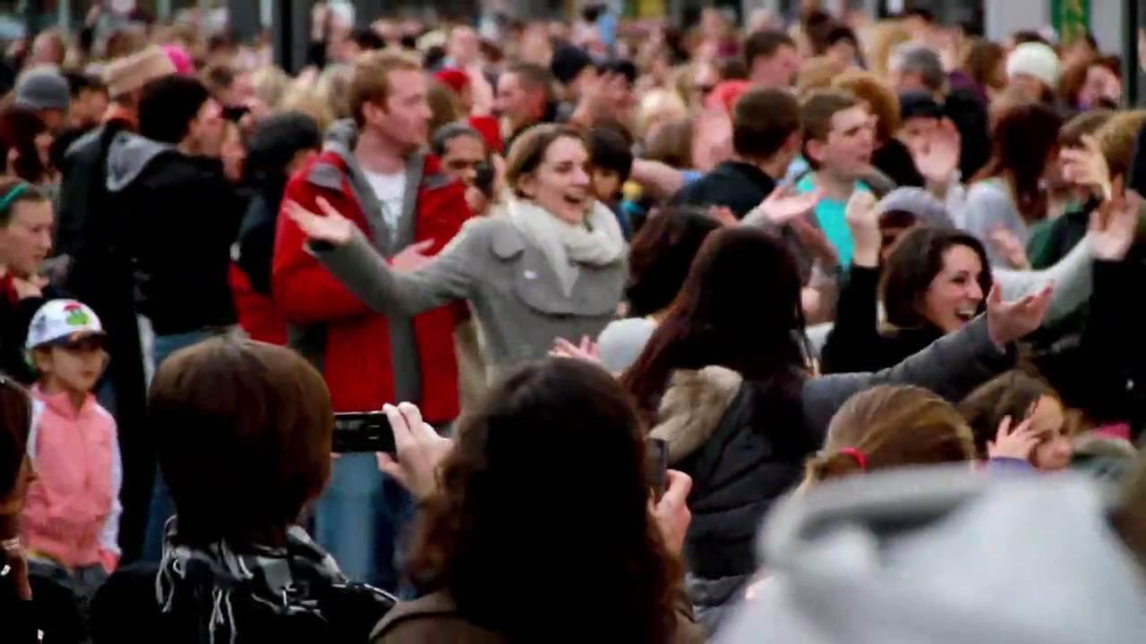 Flashmob Ireland : Let Mr Blue Sky In - Cork City Ireland - YouTube