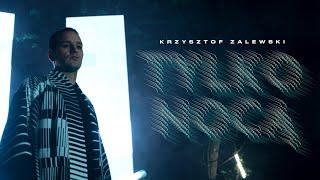 Kadr z teledysku Tylko Nocą tekst piosenki Krzysztof Zalewski