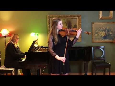 A video from two years ago, of me playing the first movement of the Glazunov violin concerto.