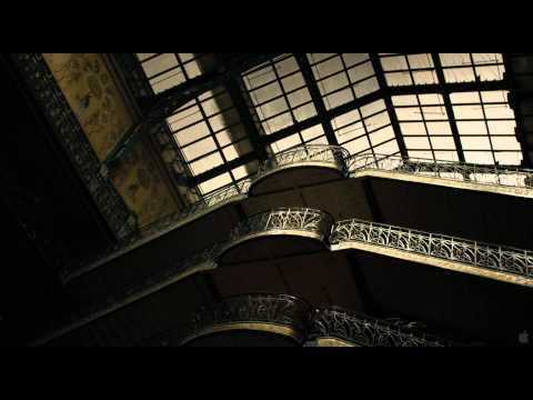 Holy Motors Holy Motors (US Trailer)