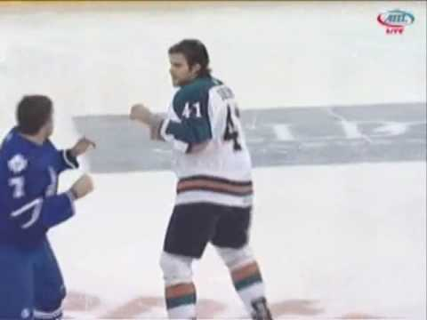 Todd Perry vs Guillaume Desbiens