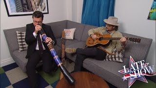 <b>Jeff Tweedy</b> Jams With Stephen Colbert