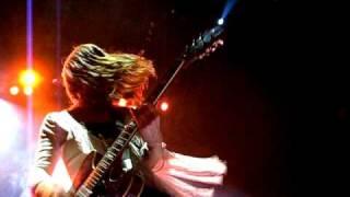 FEIST - Sea Lion Woman (live) with breakdown