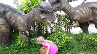 Планета динозавров, мы пошли в динопарк, Милане и Дане понравилось