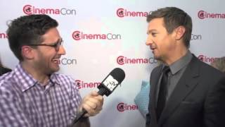 Jeremy Renner Talks Civil War & M I 6 at CinemaCon MTV News (рус. суб.)