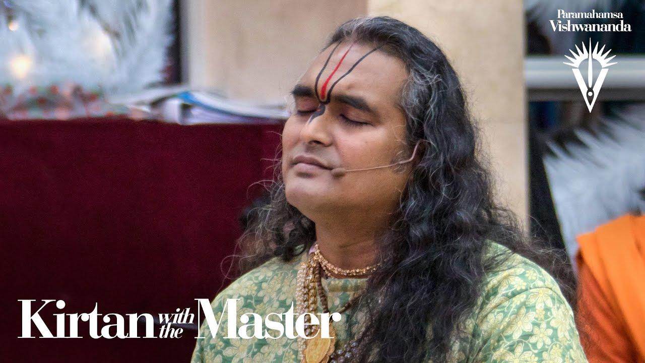 Kanhaiya Teri Murali Ne   Kirtan with the Master